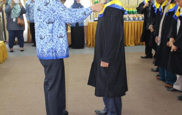 Sekda Yan Megawandi melantik dewan Juri dan dewan hakim kegiatan STQ Korpri tingkat Prov. Kep. Babel